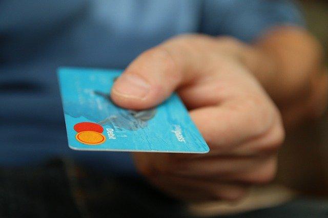 Faites appel à un courtier en rachat de crédits pour faire des économies